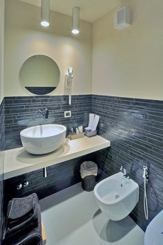 Mosaics and staggered glass strips: Modena Project