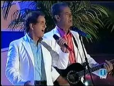 Duo Dinamico - Esos ojitos negros (Completa) audio HQ - YouTube