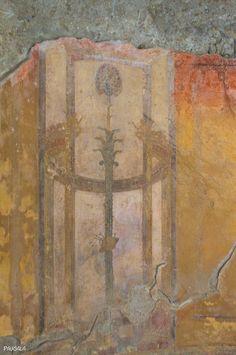 Pinturas decorativas en la Casa del Esqueleto. Yacimiento de Herculano. Italia