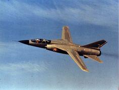 Premier vol du Mirage G en 1967 Military Jets, Military Aircraft, Fighter Aircraft, Fighter Jets, Mirage F1, Photo Avion, Dassault Aviation, Post War Era, Jet Plane