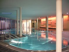 Die Therme der Ruhe in Bad Gleichenberg #badgleichenberg #regionbadgleichenberg Solarium, Hotels, Bathtub, Bathroom, Drinking Fountain, Plunge Pool, Open Fireplace, Hydroelectric Power, Haus