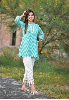 Stylish Dress Book, Stylish Dresses For Girls, Stylish Clothes, Latest Dress Design, Stylish Dress Designs, Ladies Kurti Design, Simple Kurta Designs, Simple Pakistani Dresses, Pakistani Outfits