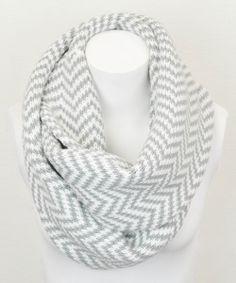 Gray Zigzag Infinity Scarf: ohmygoodness I definitely need this in my wardrobe!!!!
