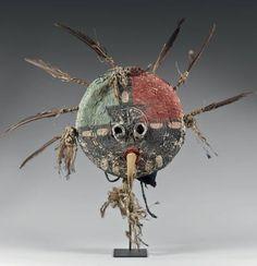 Exceptionnel et rare masque de kachina Ahöla Hopi, circa 1920
