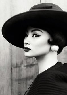 Miao Bin Si by Yin Chao for Harper's Bazaar China (October 2012)