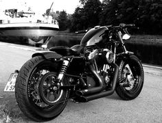 Elegant and Badass! This is how you do a Sportster