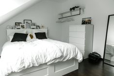 In several dormitories Ikea rooms are very happy to be observed, as they give numerous options for a stylish bedroom facility. The intensive array of Swedish bedroom furniture also offers practical sp White Bedroom Furniture, Ikea Bedroom, Room Ideas Bedroom, Small Room Bedroom, Bedroom Decor, Simple Bedroom Design, Girl Bedroom Designs, Home Room Design, Stylish Bedroom