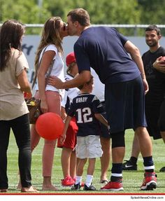 Giselle Bunchen and Tom Brady