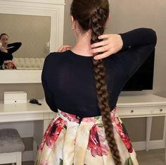 Tight Braids, Braids For Long Hair, Wavy Hair, Very Beautiful Woman, Beautiful Long Hair, Beautiful Places, Slick Hairstyles, Plaits Hairstyles, Braided Waves