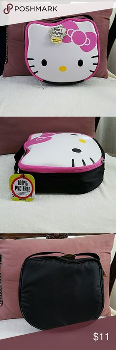 """NWT Hello Kitty lunchbox NWT, never used, zip around lunchbox, 9"""" x 8"""" x 2"""". Hello Kitty Bags"""