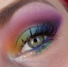 Extraterrestrial rainbow! | by the Art is Makeup #rainbow #eyeshadow