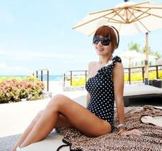 mobile site-swimsuits swimwear bathing suit free shipping slim looks thin pretty black coffee color love summner hot on the beach!