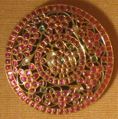 Indian Jewellery and Clothing: Ethnique jewellery Antic Jewellery, Saree Jewellery, Gold Jewellery Design, Temple Jewellery, Ruby Jewelry, India Jewelry, Bridal Jewelry, Gold Jewelry, Jewelry Necklaces