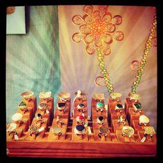 Expositor de anillos. Juangilartesano