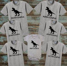 Saurus Shirts Family Dinosaur Shirts Daddysaurus Mommysaurus Sistersaurus Brothersaurus Babysaurus Grandmasaurus Grandpasaurus - Clever Shirts - Ideas of Clever Shirts - Dinosaur Birthday Party, 4th Birthday Parties, Birthday Ideas, Third Birthday, Baby Birthday, First Birthday Shirts, Festa Jurassic Park, Dinosaur Shirt, Snacks Für Party