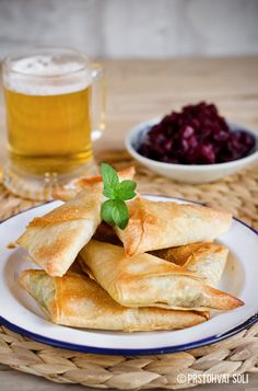Pinch of Salt: samosa with vegetables