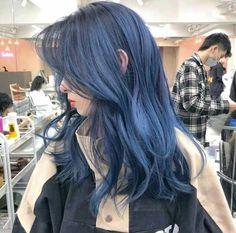 Dark Blue Hair, Blue Ombre Hair, Hair Color For Black Hair, Cool Hair Color, Periwinkle Hair, Hair Streaks, Hair Dye Colors, Dye My Hair, Aesthetic Hair