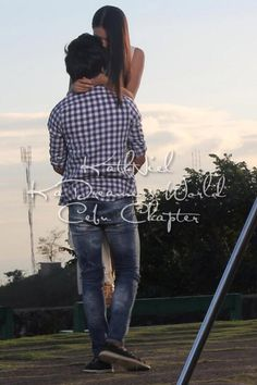KathNiel during their Must Be Love taping in Cebu. Photo from KaDreamers Cebu Chapter