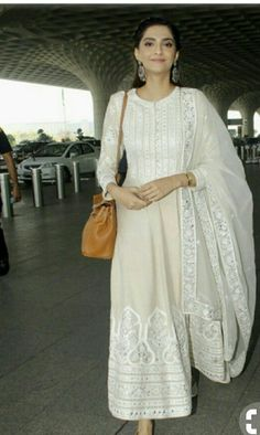 While Kangana Ranaut picked a Marc Jacobs ensemble this week, Aditi Rao Hydari and Sonam Kapoor picked simple anarkalis. See all the looks here. Casual Indian Fashion, Asian Fashion, Indian Attire, Indian Ethnic Wear, Indian Gowns Dresses, Pakistani Dresses, Eid Dresses, Ethnic Outfits, Indian Outfits