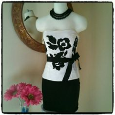 ?? BUNDLED FOR AMY ?? White House Black Market Top Size 2 & Ann Taylor White Dress Size 6. White House Black Market Dresses