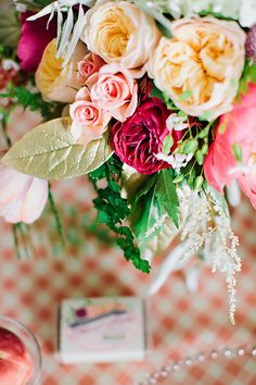 Styled Shoot: Georgia Peach Meets Radiant Orchid