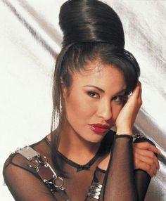 Selena Quintanilla Perez, Selena And Chris, Selena Selena, Aaliyah Haughton, American Singers, Role Models, Beyonce, Celebrity News, Ariana Grande