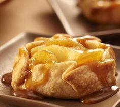 Just 5 ingredients!  Turn an apple into a personal pie with easy-to-use Pillsbury refrigerated pie crust.