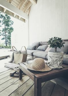 ANETTESHUS home // outdoor living