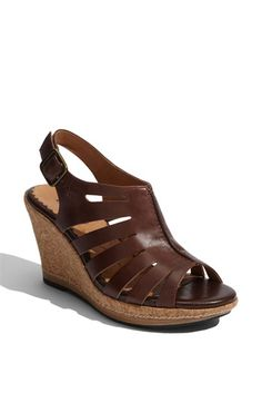 i need a new pair of brown sandals
