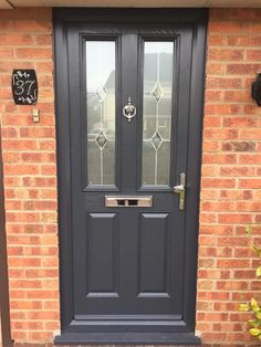 2 Panel 2 Angle Crystal Diamond Composite Front Door in Green from Just Doors UK. Cottage Front Doors, Craftsman Front Doors, Front Door Porch, House Front Door, Cottage Door, Brown Front Doors, Front Doors With Windows, Glass Panel Door, Glass Front Door