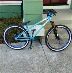 A pure blue color. Downhill Bike, Mtb Bike, Bmx Bikes, Cycling Bikes, Cool Bikes, Cross Country Mountain Bike, E Mountain Bike, 24 Bmx, Dirt Jumper