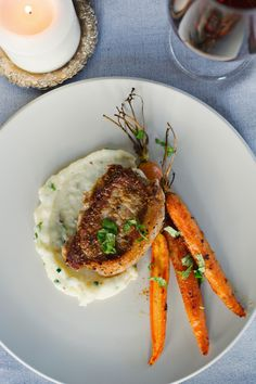 Pork Steaks with Madeira Reduction, Potato Mash and Roasted Carrots Carrots And Potatoes, Roasted Carrots, Mashed Potatoes, Pork Steaks, Pork Recipes, Risotto, Main Dishes, Spices, Yummy Food