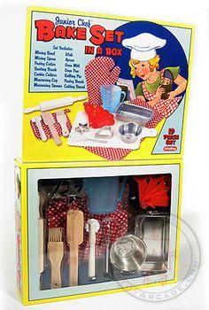 Buy Junior Chef Bake Set in a Box Retro at TinToyArcade.com