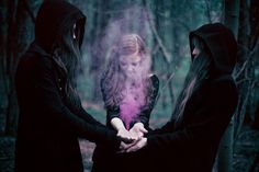 BeWitched * A Charmed Life - Ailera Stone photography - mist traveler Magick Spells, Wiccan, Story Inspiration, Character Inspiration, Character Ideas, Witchcraft Tumblr, Mystique, Witch Aesthetic, Dark Photography