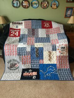 Memory quilt made from her dad's clothes t-shirt quilts лоск T-shirt Quilts, Baby Quilts, Denim Quilts, Memory Pillows, Memory Quilts, Necktie Quilt, Memory Crafts, In Memory Of Dad, Keepsake Quilting