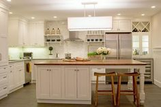 Island Dreams Kitchen - traditional - kitchen - boston - Kristen Schraven