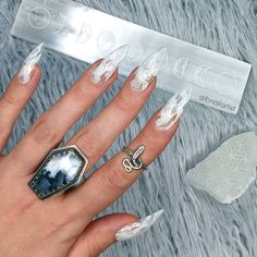 Press On Nails, Nail Artist, Coffin Nails, Silver Rings, Display, Guys, Amazing, Beauty, Instagram