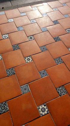 Home Tiles Design, Floor Design, Home Interior Design, Spanish Home Decor, Spanish Style Homes, Indian Home Design, Kerala House Design, Hacienda Style Homes, Exterior Tiles