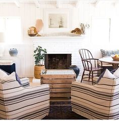 Loving these chairs in this living room via @theranchuncommon!! ⚓️ TAG A FRIEND TO SHARE!
