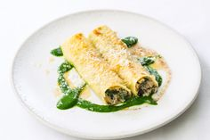 Cannelloni of mushrooms, ricotta and Parmesan with burnt butter and nutmeg Dinner Dishes, Pasta Dishes, How To Make Cannelloni, Ricotta, Italian Chef, Italian Cooking, Italian Dishes, Cannelloni Recipes, Vegetarian Recipes