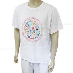 a9229c583399 Com estampa colorida e muito confortável, essa camiseta pode ser usada  tanto na prática de