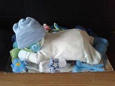 Tolles Geschenk zur Geburt: Ein Baby aus Windeln.