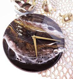 Hodiny na predaj 😍 priemer je 20 cm. Exkluzívna práca, ResinArt ❤️ epoxidova živica.  The clock for sale. Resin Art exclusive for you.❤️…  #resinart#artresin#geoda#obraz#obrazy#obrazynaobjednavku#styloveobrazy#homedecor#decorhome#picture#интерьерныекартины#kupitobraz#europa#epoxidovazivica#epoxyart#epoxidoveobrazy#эпоксиднаясмола#epoxiart#slovakia#geode#geodeart#resin8#bilder#interiobilder#modernekunstbilder#resinpro#geodart#just4youonlineuk#art_семья_vg#interier Clocks For Sale, Resin Art, Panna Cotta, Ethnic Recipes, Painting, Food, Dulce De Leche, Painting Art, Essen