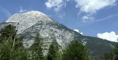 INFOWARS REPORTERS RECEIVE POLICE ESCORT TO HOTEL Bilderberg members arrive in Austria