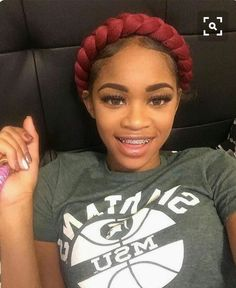 Awesome 18 Year Old Hairstyles Gallery Old Hairstyles, Black Girls Hairstyles, Protective Hairstyles, Weave Hairstyles, Pretty Hairstyles, Cute Braces, Braces Girls, Curly Hair Styles, Natural Hair Styles