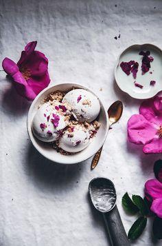 Vegan Coconut & Rose Petal Ice Cream w/ Cardamom Crumble Topping: @callmecupcake