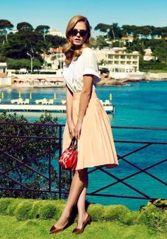 The Classic Girl Summer Style Guide, fashion style,2013 cheap ray ban outlet.beautiful skirt.