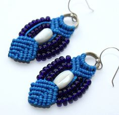 Macrame earrings with mother of pearl and glass beads | Flickr - Photo Sharing!