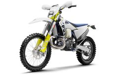 2020 Husqvarna : A SMART APPROACH. Introducing the 2020 Husqvarna Simply put, the new TE is the perfect machine to explore new ground and go where few have gone before. The trusted [.] The post 2020 Husqvarna Guide appeared first on Total Motorcycle. Vans Checkerboard, New Chrome, Black And White Aesthetic, Off Road, Trending Haircuts, Haircuts For Men, Carbon Fiber, Ems, Omega