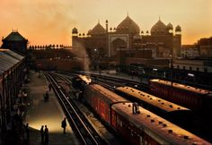 my-spirits-aroma-or:  Train station, Agra, India, 1983 byKenny Parth